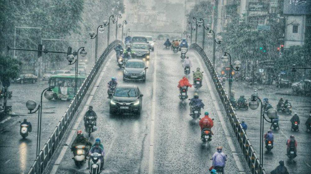 Dự báo thời tiết ngày 12/5: Bắc Bộ và Bắc Trung Bộ mưa dông diện rộng, nguy cơ lốc, sét, gió giật mạnh